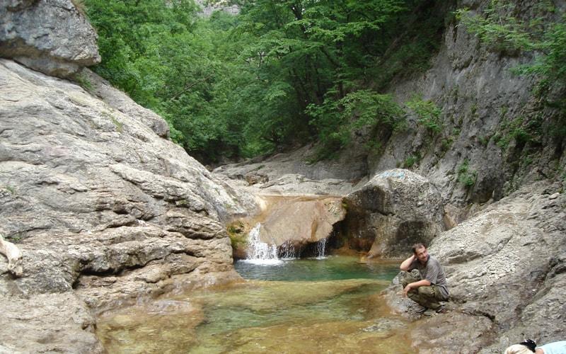 Пешеходная экскурсия по Большому каньону Крыма из феодсии