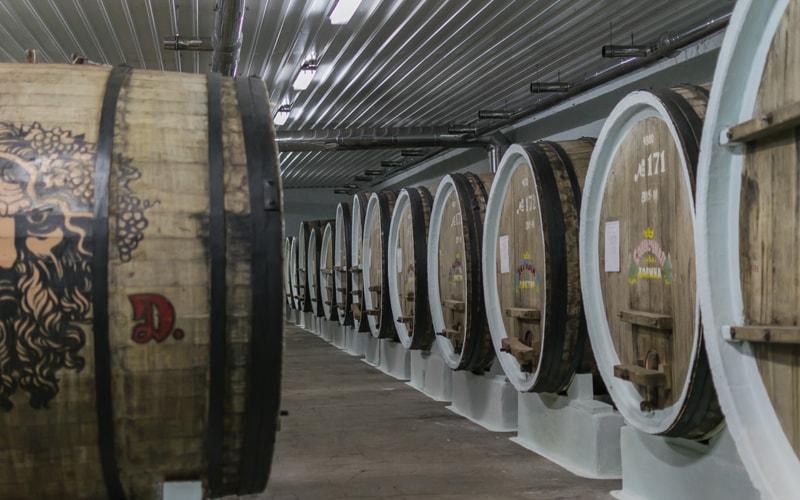 Экскурсия по винному заводу «Солнечная долина» из феодосии