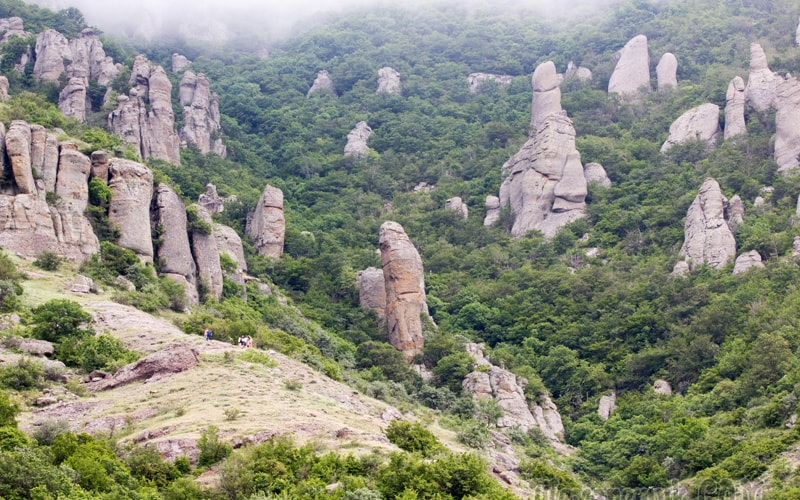 экскурсия на водопад Джур Джур и в долину привидений Демерджи прямо из Феодосии