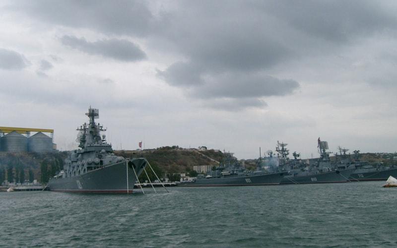 морская экскурсия по севастопольской бухте