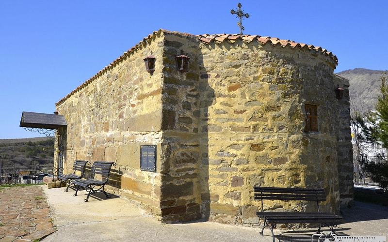 экскурсия храм святого Ильи в Солнечной долине из феодосии