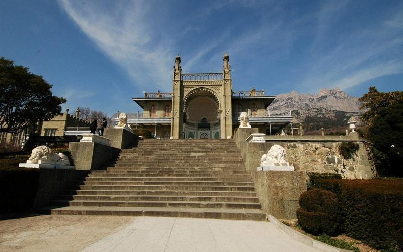 экскурсия воронцовский дворец в алупке