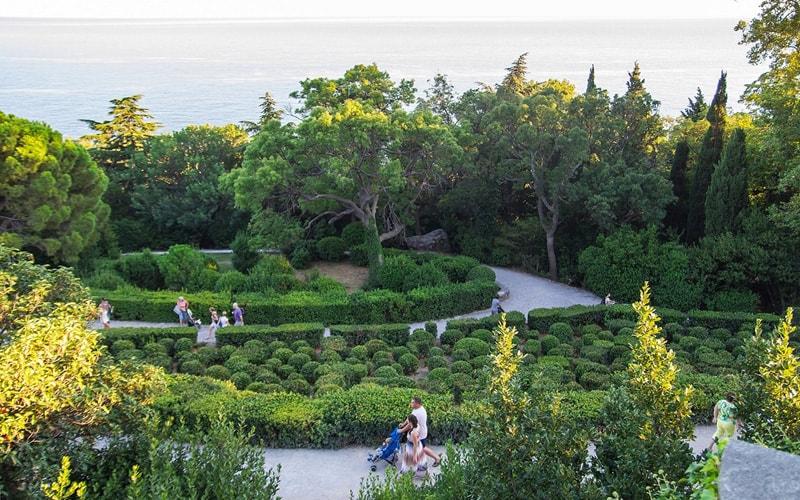 алупкинский парк экскурсия из феодосии